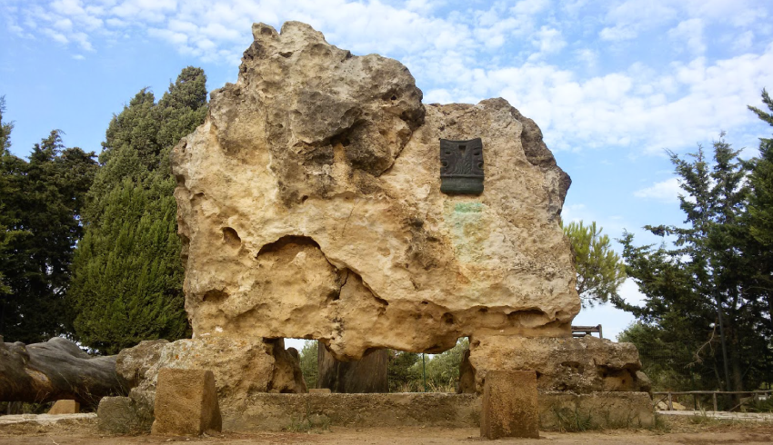 Tomba di Luigi Pirandello